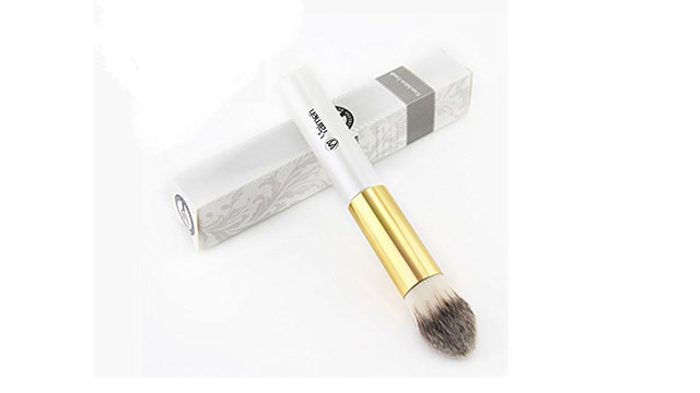 Yalmeh-Foundation-Brush